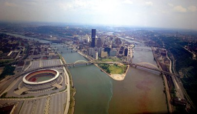 Three Rivers Stadium dominates this view of the Golden Triangle. (Dale Gleason/The Pittsburgh Press)