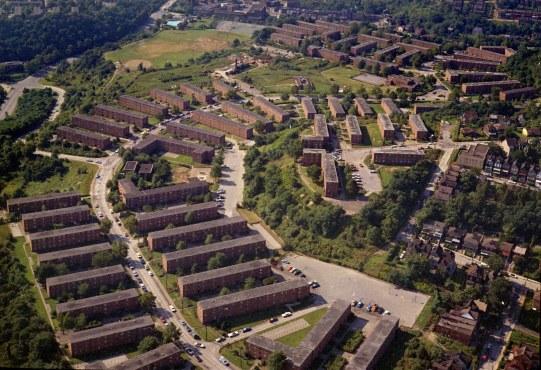 Public housing units. (Stewart Love/The Pittsburgh Press)