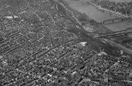 Allentown and Mt. Washington. Image published May 29, 1949. (Stewart Love/The Pittsburgh Press) (An earlier version incorrectly identified this as Knoxville and Mt. Washington.)