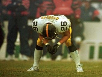 Rod Woodson hangs his head at the end of the Steelers AFC playoff loss to the New England Patriots. (Peter Diana/Post-Gazette)