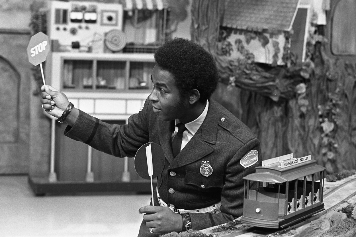 Francois Clemmons as Officer Clemmons.