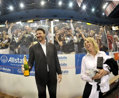 Penguins owner Mario Lemieux celebrates with his wife, Natalie, after the Penguins beat Detroit in Game 7 of the Stanley Cup, June 12, 2009, at Joe Louis Arena in Detroit. (Peter Diana/Post-Gazette)