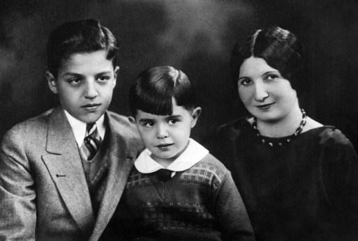 Family of John J. Verona, from left, sons Daniel and John Jr. and wife Ida. (Post-Gazette archives)