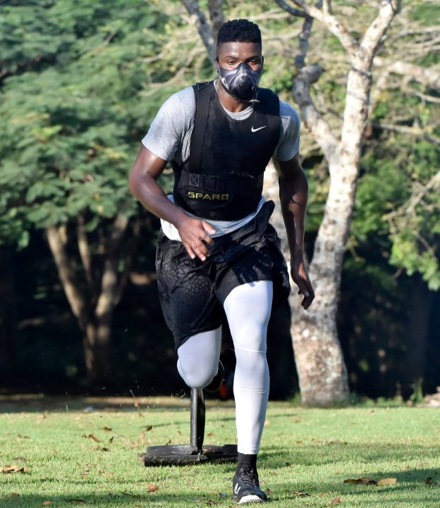 Pirates right fielder Gregory Polanco pulls a weight during his workout at the National Botanical Garden Tuesday, December 5, 2017 in Santo Domingo, Dominican Republic. (Matt Freed/Post-Gazette)