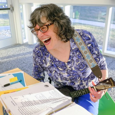 Sheila Painter plays her ukulele during Toledo Ukesters Meetup Tuesday, April 9, 2019, at the King Road Library in Toledo, Ohio. THE BLADE/JEREMY WADSWORTH