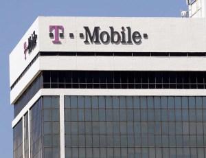 T-Mobile' Hato Rey headquarters. (Credit: © Mauricio Pascual)