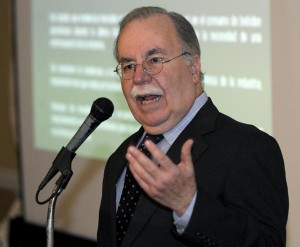 Author José Joaquín Villamil is founder of Estudios Técnicos analyst firm. (Credit: © Mauricio Pascual)