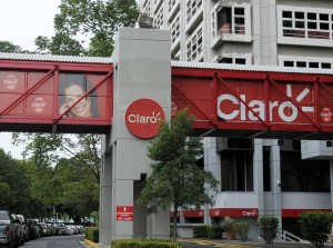 Claro will have to pay $650,000 to the U.S. government as part of its settlement with the FCC. (Credit: © Mauricio Pascual)