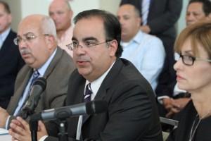 PRHTA Chairman Ismael Vega warns of the harmful effects of legalizing slots outside casinos.