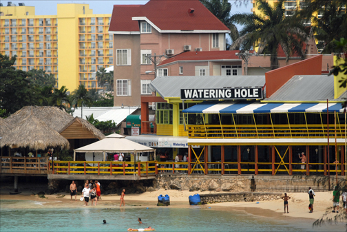 Despite higher cruise arrivals, Jamaica tourism industry