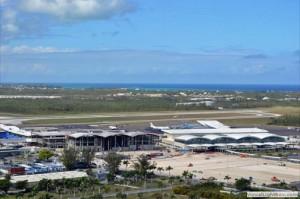 Nassau's Lynden Pindling International Airport (Credit: http://imageshack.us/f/338/dsc0229wb.jpg/)