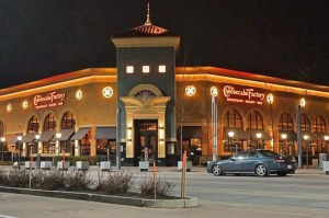 The Cheesecake Factory will make its local debut in late summer. (Credit: www.wikipedia.org)