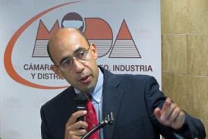 Economist Gustavo Vélez