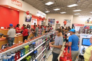 The sporting goods store, located in Plaza del Caribe is the first of three locations the retailer will open in Puerto Rico.