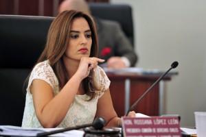 Sen. Rosanna López