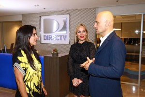 From left: DirecTV executives Thelma López, Belkys Mata and Jacopo Bracco visit the company's new Hato Rey offices.