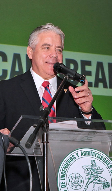 Panama energy exec sector privatization is all or nothing for Fernando porras arquitecto