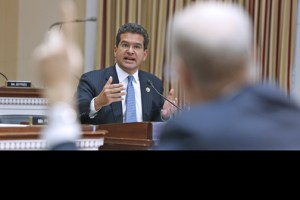 Resident Commissioner Pedro Pierluisi applauded the move by U.S. Senators to support the island's bid to be included in Ch. 9.