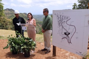 From left: Toro Verde CEO Jorge Jorge, Tourism Co. Executive Director Ingrid I. Rivera-Rocafort, and Orocovis Mayor Jesús E. Colón.