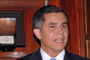 Ricardo A. Rivera Cardona, executive director of the Puerto Rico Health Insurance Administration. (Credit: Larry Luxner)