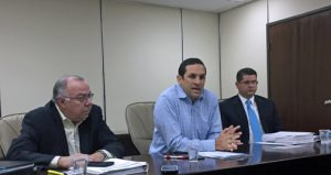 From left: PRASA Finance Director Efraín Acosta, Alberto Lázaro and Alberto Feliciano, director of human resources for the utility, speak to the media Wednesday.