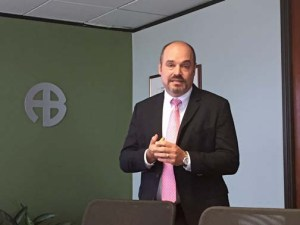 Roberto Jiménez, founding partner of V2A.