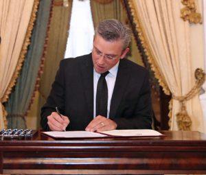 Gov. García-Padilla vetoed several bills affecting Puerto Rico's health sector.