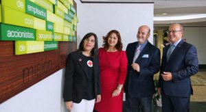 From left: Gladys Rodríguez, grant specialist at the American Red Cross; Carmen Cosme, director of One Stop Career; Samuel González, executive director of the United Way and FirstBank President Aurelio Alemán.