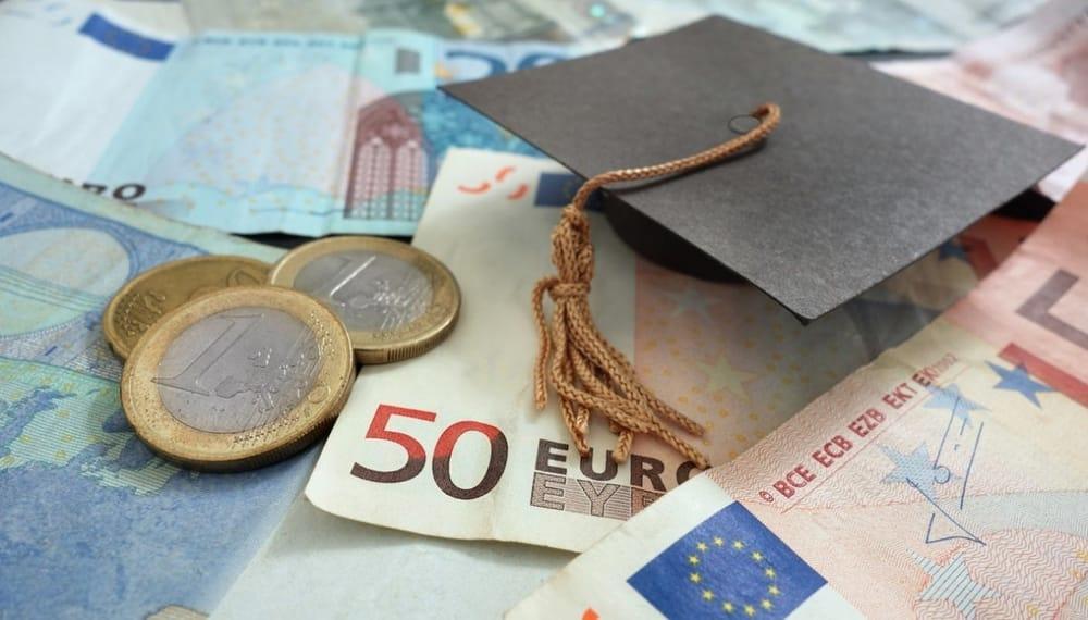 Pensioni, riscatto della laurea agevolato anche per anni prima del 1996