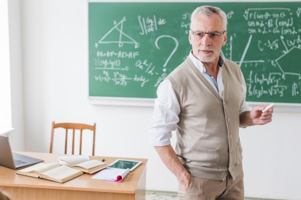 Formazione dei docenti: monte ore obbligatorio nel nuovo CCNL