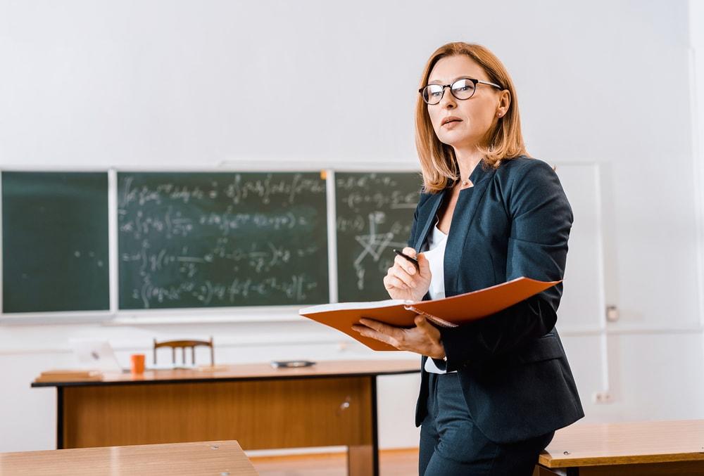 Middle Management a Scuola: cos'è e perché se ne parla