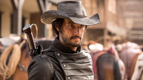 Rodrigo Santoro as Hector Escaton plays as the leader of an outlaw gang that regularly terrorizes Westworld's central town, Sweetwater.