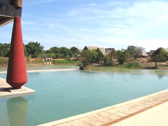 Vil Uyana Sigiriya Sri Lanka - Infinity Pool