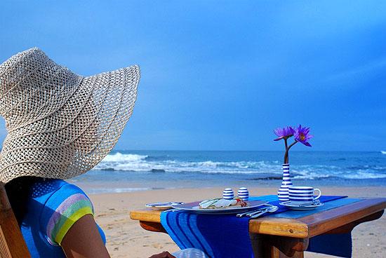 Lighthouse Hotel Galle Sri Lanka - Beach dinning