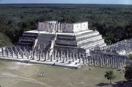Chichén Itzá - Temple of the Warriors - Credit: JimG