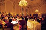 mozart-concert-and-dinner-at-stiftskeller-in-salzburg-in-austria