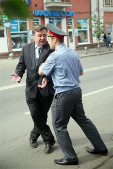 Имеют ли право полицейские задерживать без протокола