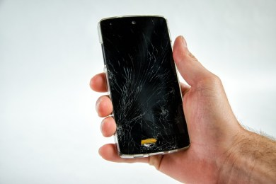 unlock android device with cracked or broken screen