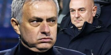 Jose Mourinho facing uphill battle to save Tottenham job as pressure mounts on Daniel Levy