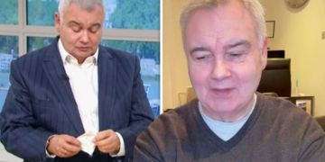 Eamonn Holmes battling 'chronic pain' as ITV host says health issue is 'worse' at night