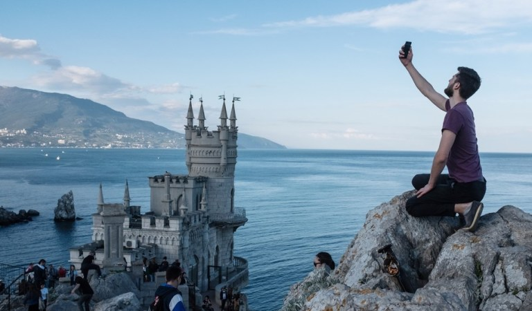 Russia's Crimea expects record number of visitors with other tourist destinations closed due to coronavirus restrictions