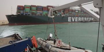 Traffic jam at Suez Canal sends global shipping costs soaring