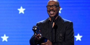 Eddie Murphy to be inducted into NAACP Hall of Fame