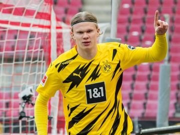 Dortmund chief's telling response to Haaland future after transfer meetings
