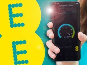 More EE customers offered download speeds that'll beat using their broadband