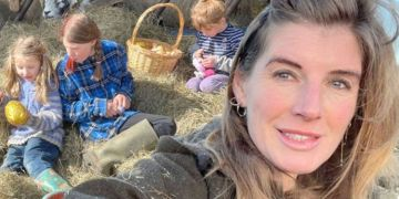 Our Yorkshire Farm's Amanda Owen talks breastfeeding for 15 years 'Why wouldn't I?'