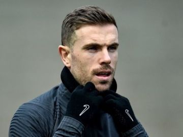 Liverpool star Jordan Henderson calls European Super League meeting with fellow captains