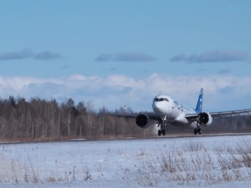 N-ice! New Russian passenger jet passes tests in freezing conditions (VIDEO)