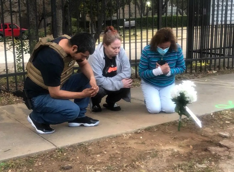Community advocates speak after mother of man killed in APD