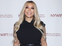 Wendy Williams Interrupts Mike Esterman's Live Interview To Give Him A Kiss While Wearing A Bathrobe